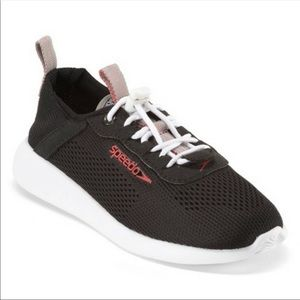 Speedo Tidal Walker water shoes NWT